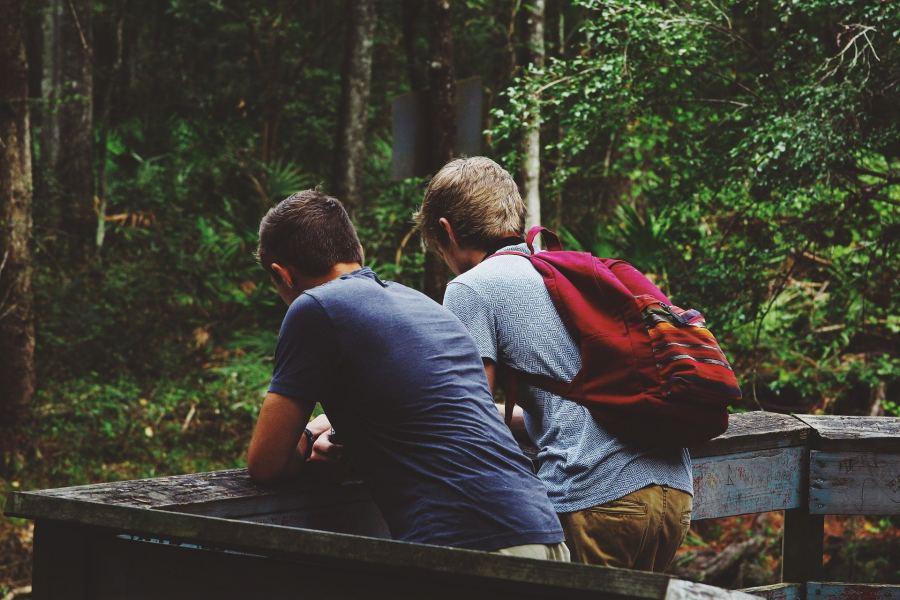 Freunde am Reisen